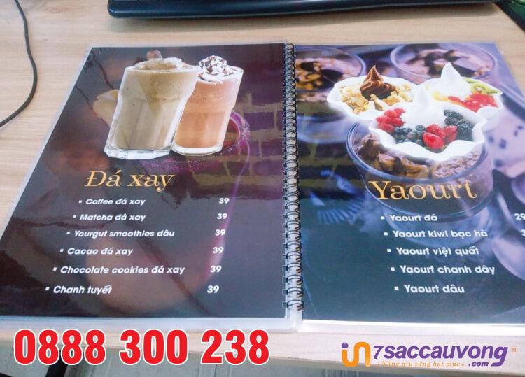 In nhanh menu nhà hàng quận 12 dạng cuốn.